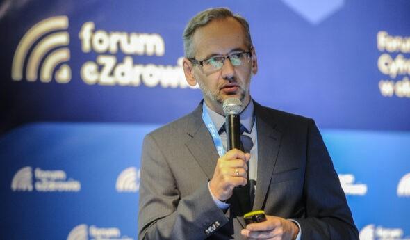 Minister Adam Niedzielski opacjentocentrycznym iinnowacyjnym systemie zdrowia